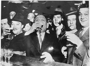 6.Mencken drinking-